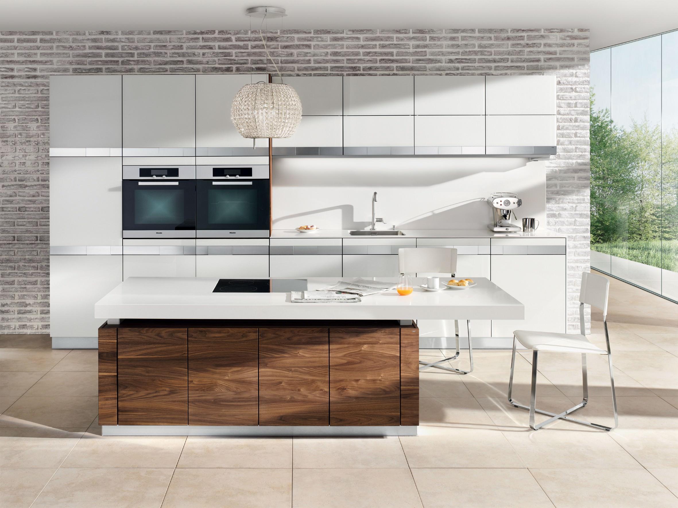 Altezza banco cucina simple nuovo altezza tavolo da cucina cucina con isola gentili scontata - Altezza isola cucina ...